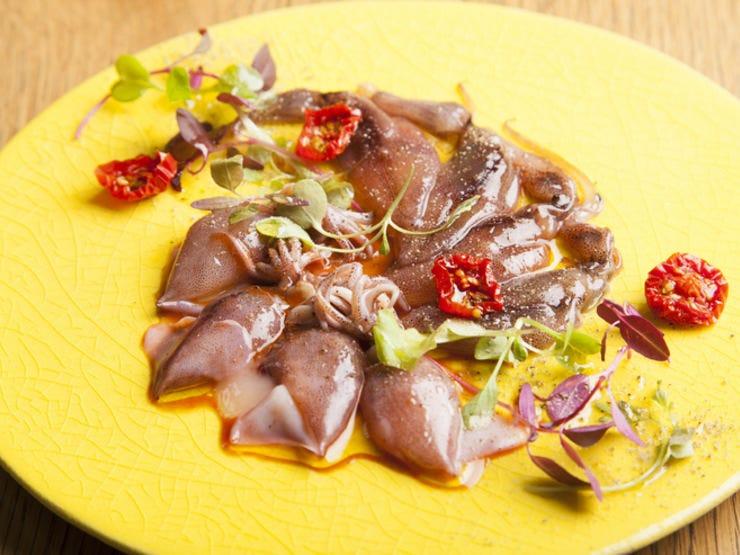 産直鮮魚・野菜の季節感あるお料理