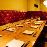接待でもお使いいただけるテーブル席。12名様まで可!