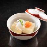 丸鶏スープの揚げ出汁豆腐