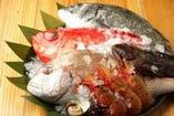 新潟県直江津や築地直送の旬の鮮魚のみをお出しします。