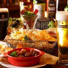 英国産ビールなど種類豊富に楽しめる