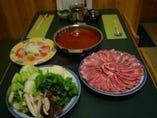 日経11月号に特集されたリコピン 豊富なトマト鍋は美味しい