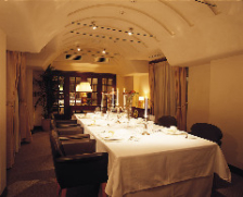 一軒家レストランに広がる寛ぎの空間