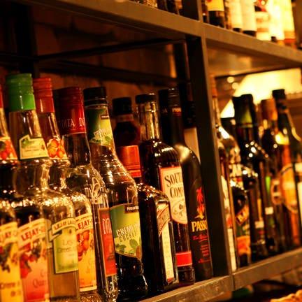 ワインほか、ドリンクは品揃え豊富!