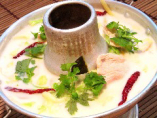 鶏肉のココナッツミルクスープ(トム・カー・ガイ)