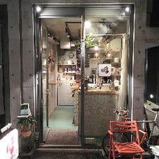 ◆裏路地の小さなカフェ