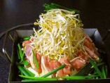豆板醤、コチュジャンの辛さが光る甘辛仕上げ。野菜の甘みと鶏肉の旨みがクセになる!