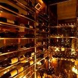 ズラリと並ぶワインは圧巻
