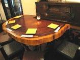 天然切かぶのテーブル席