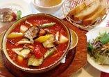 鶏肉と野菜のたっぷりトマト煮(辛口)
