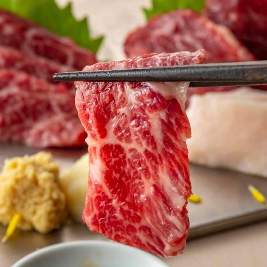 馬刺し等九州を味わう逸品料理の数々
