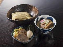 三ツ矢堂製麺 静岡流通通り店