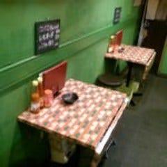 アジアン居酒屋 なりや  店内の画像