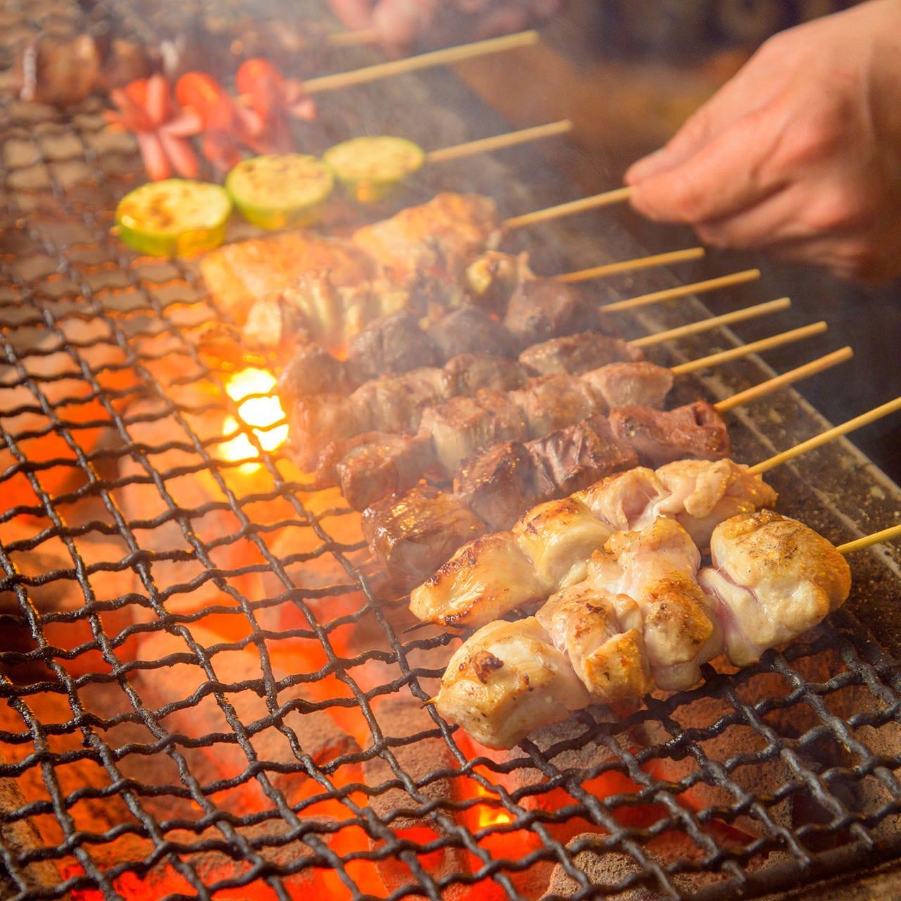 肉も魚も野菜も◎マシュマロだって炭火で風味豊かに炙ります