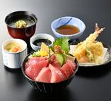 左阿彌特製まぐろ丼(中トロ入り)