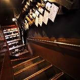 店内の至る所にボトルワインがズラッと並ぶ。