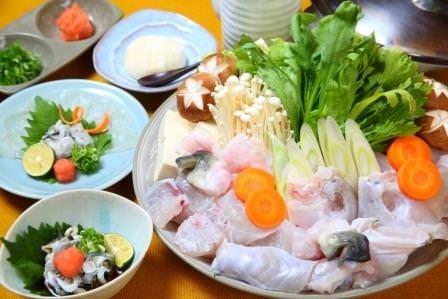 ◆活てっちりコース◆ 新鮮海の幸のお鍋も大人気