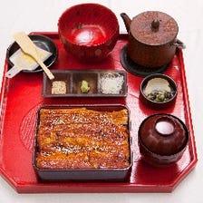 《あなご中箱会席》お刺身、旬のお料理二種、あなご箱めし(中箱)など 全6品
