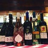 厳選した全11種類のワインをご用意!