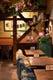 イタリアの田舎屋の居間をイメージした店内