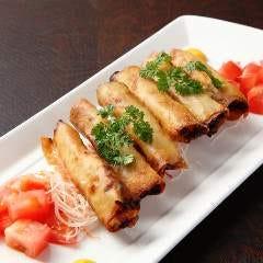 海老と紋甲イカの春巻き バジル風味 細巻きシガータイプ 6本