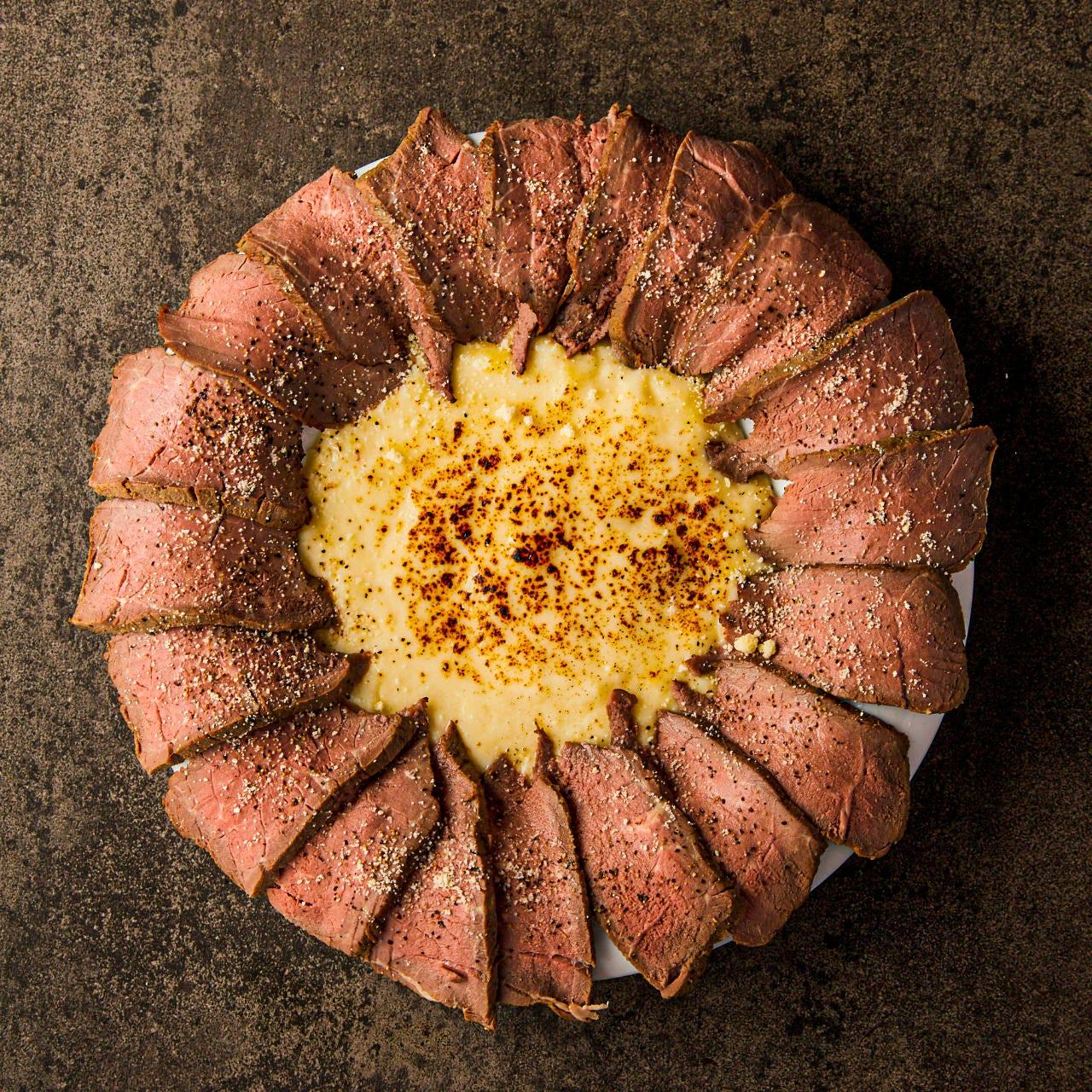 旨味たっぷりのお肉や濃厚チーズを心ゆくまでご堪能ください♪