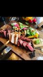 熟成肉の盛り合わせ 牛タン、豚ロース、牛サーロイン各100g