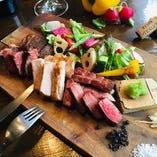 熟成肉の盛合せ(牛タン、豚ロース、サーロイン各100g)