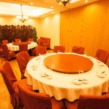 45名様まで入ることができる円卓個室席。
