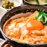 【親子丼御膳】 濃厚なコクのある卵を使用◎お箸が止まりません