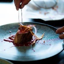《Dinner Course》ディナー限定コース メインに魚・肉料理 5,500円(税込)