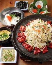 本場の韓国料理を心ゆくまで♪【全35種類の鉄板食べ放題コース】3,850円(税込)