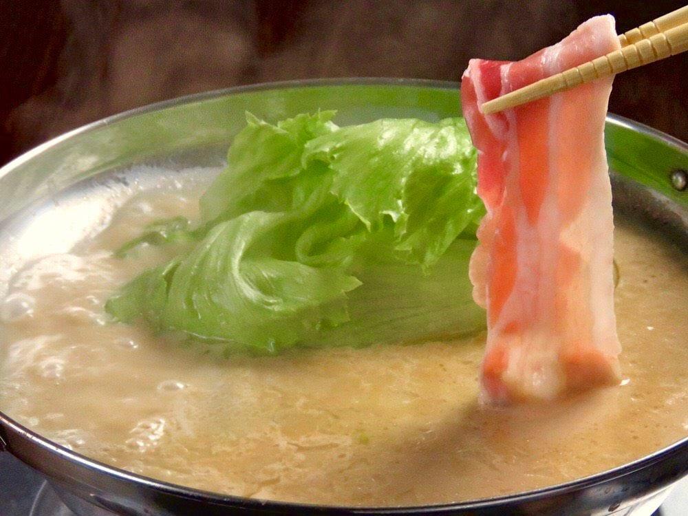 濃厚鶏白湯スープと旨味豚のレタしゃぶ【鍋コース】4500円※120分飲み放題付
