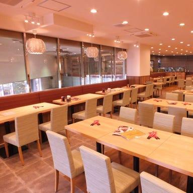 北京火考鴨店(ペキンカォヤーテン) 北京ダック専門店 原宿店 店内の画像