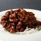 牛肉の細切り甘味噌炒め