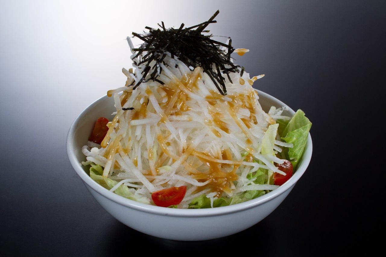 さっぱりシャキシャキの大根サラダ!