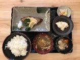 【ランチ】ブリの塩焼定食