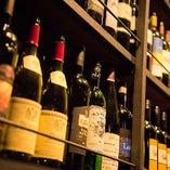 ワインリスト以外にも豊富に取り揃えたワインをご覧いただけます