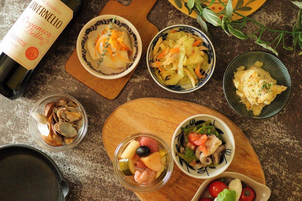 18種のワインと逸品料理