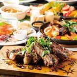 贅沢に盛り付けられてお料理がテーブルを華やかに引き立てます!