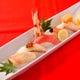 「にぎり寿司五貫盛り」その日のおすすめで。。1600円