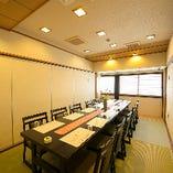 幅広い世代の方が集まるお食事会に『テーブル個室』(4~12名様)