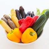 地元奈良県産の野菜をシェフの目利きにより仕入れています