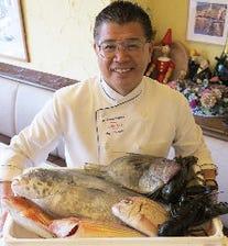朝市の新鮮な魚をお楽しみください