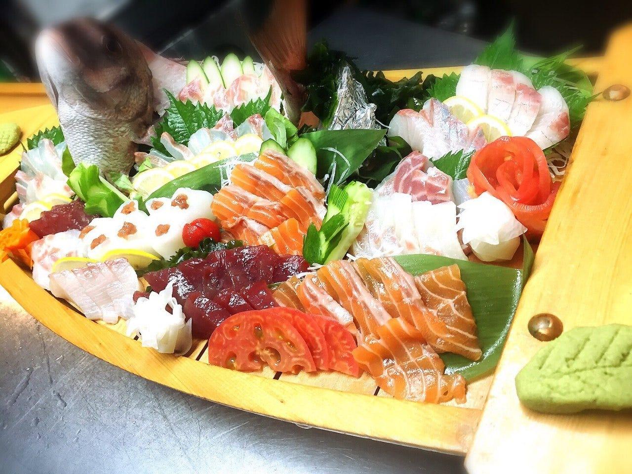 市場直送の新鮮なお魚