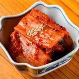 ■手作りの逸品■ ピリッと辛い「白菜キムチ」は後引く美味しさ