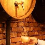 りんごの発泡酒シードラを生で♪銀座で飲めるのはHOLAだけ!!