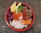 海鮮丼(茶わん蒸し、お椀付き)