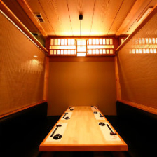 用途や人数合わせて選べる個室