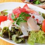 びんびや海鮮サラダ